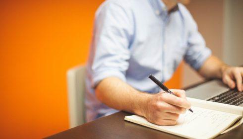 Comment créer un business en ligne et gagner de l'argent dans une économie en déclin