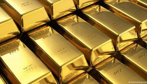 Malgré une aversion croissante au risque, l'or a glissé sous la barre des 1 900 dollars
